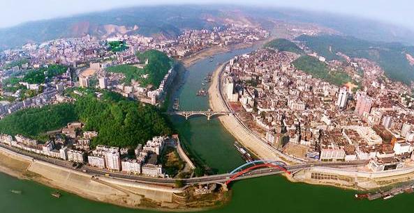 梧州,广西东大门,是一座有着2100多年历史的岭南