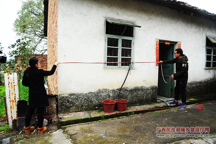 广西今年将培训1万名农村建筑工匠(图)